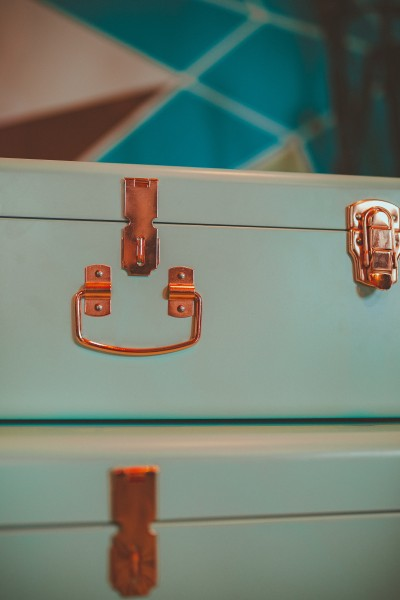 view-of-teal-suitcase-2112786